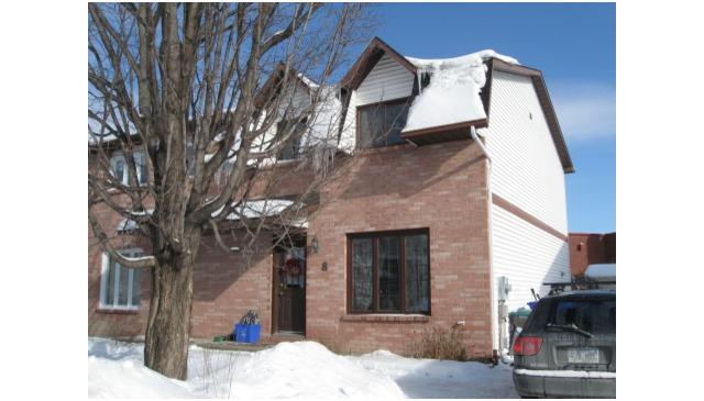 Maison chaleureuse, située à 5 min. d'Ottawa et à 2 heures de Montréal