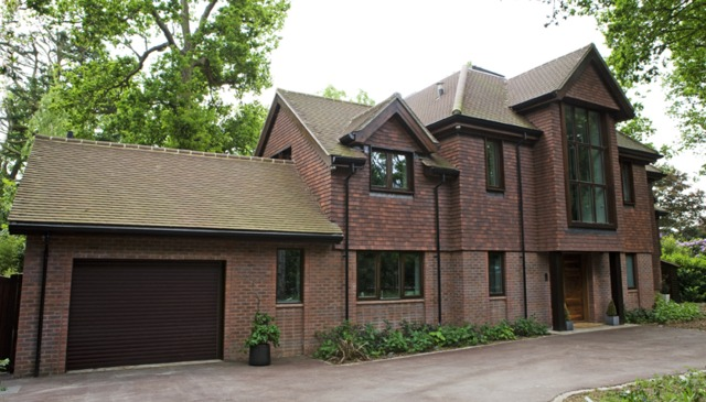 Stunning and spacious newly built 8 bedroom detached house.