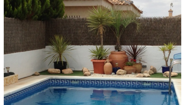 Beautiful detached Holiday Villa in secluded gardens with private pool.