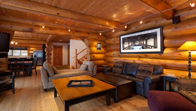 Slope-side view log home with hot tub on massive deck!