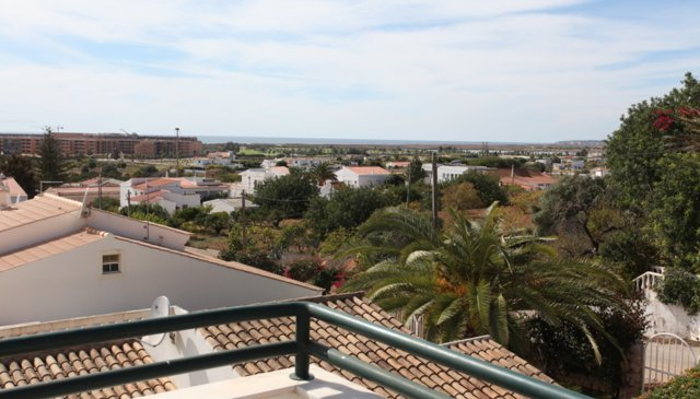 3 bedroomed  ,Child friendly Villa with Private Heated Pool ,Sea Views